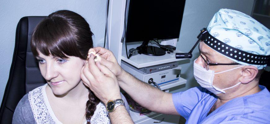 Видалення сторонніх тіл з вуха, носа, глотки, гортані